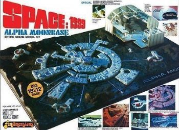 SPACE 1999 MOONBASE ALPHA 1:2000 SCALE MODEL KIT MPC NEW!